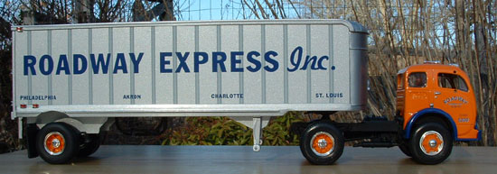 Roadway Express Curtis Collectibles